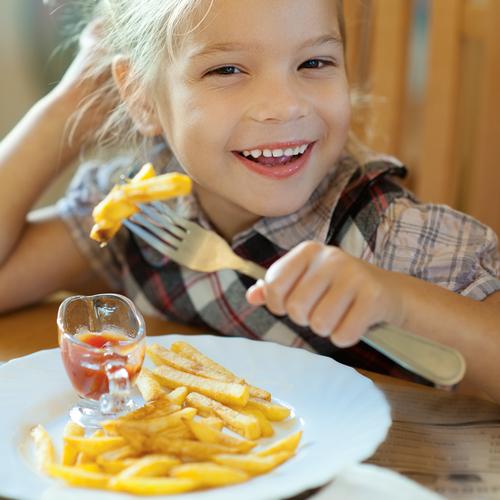 Os 10 piores alimentos para criança