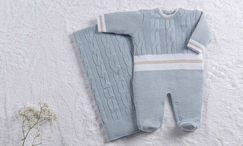 saida-maternidade-tricot-trama-tranca-e-listras-azul-e-bege-02-pecas-294960
