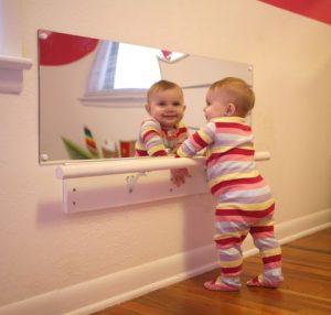 decorar-o-quarto-de-bebe-espelho