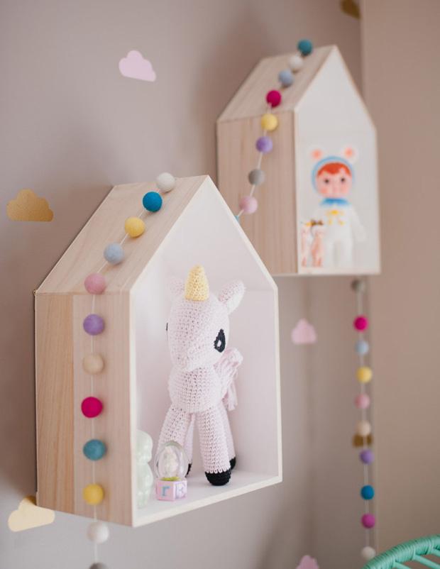 nichos-casinha-no-quarto-de-bebe-1