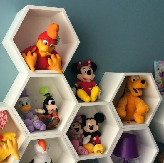 nichos-colmeia-no-quarto-de-bebe-1