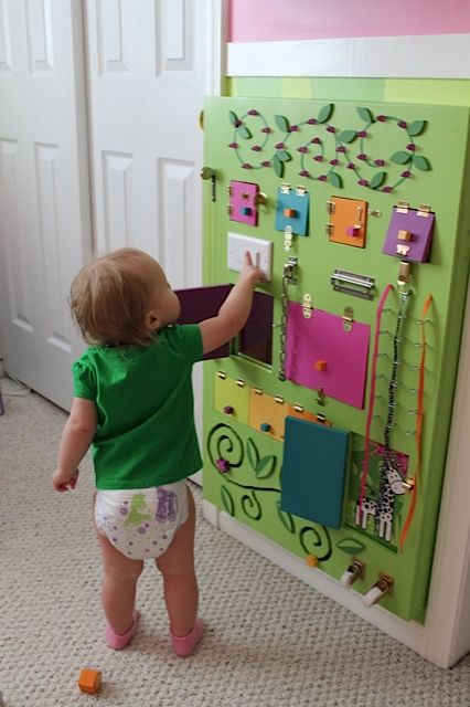 Aprenda a fazer brinquedos sensoriais para seu beb blog for Paredes sensoriales
