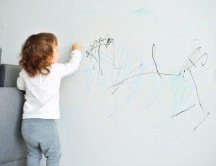 rabiscar paredes