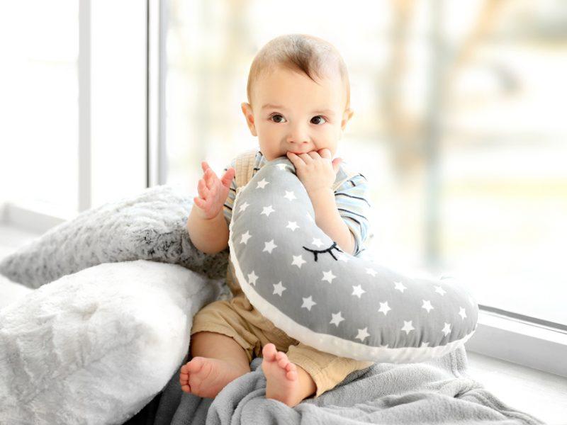 almofadas para mães e bebês
