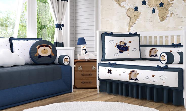 614ad17c41c52 Quarto de Bebê Urso Aviador  elegância em azul marinho - Blog Grão ...