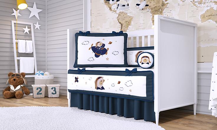 72844e8d9 Quarto de Bebê Urso Aviador: elegância em azul marinho - Blog Grão ...