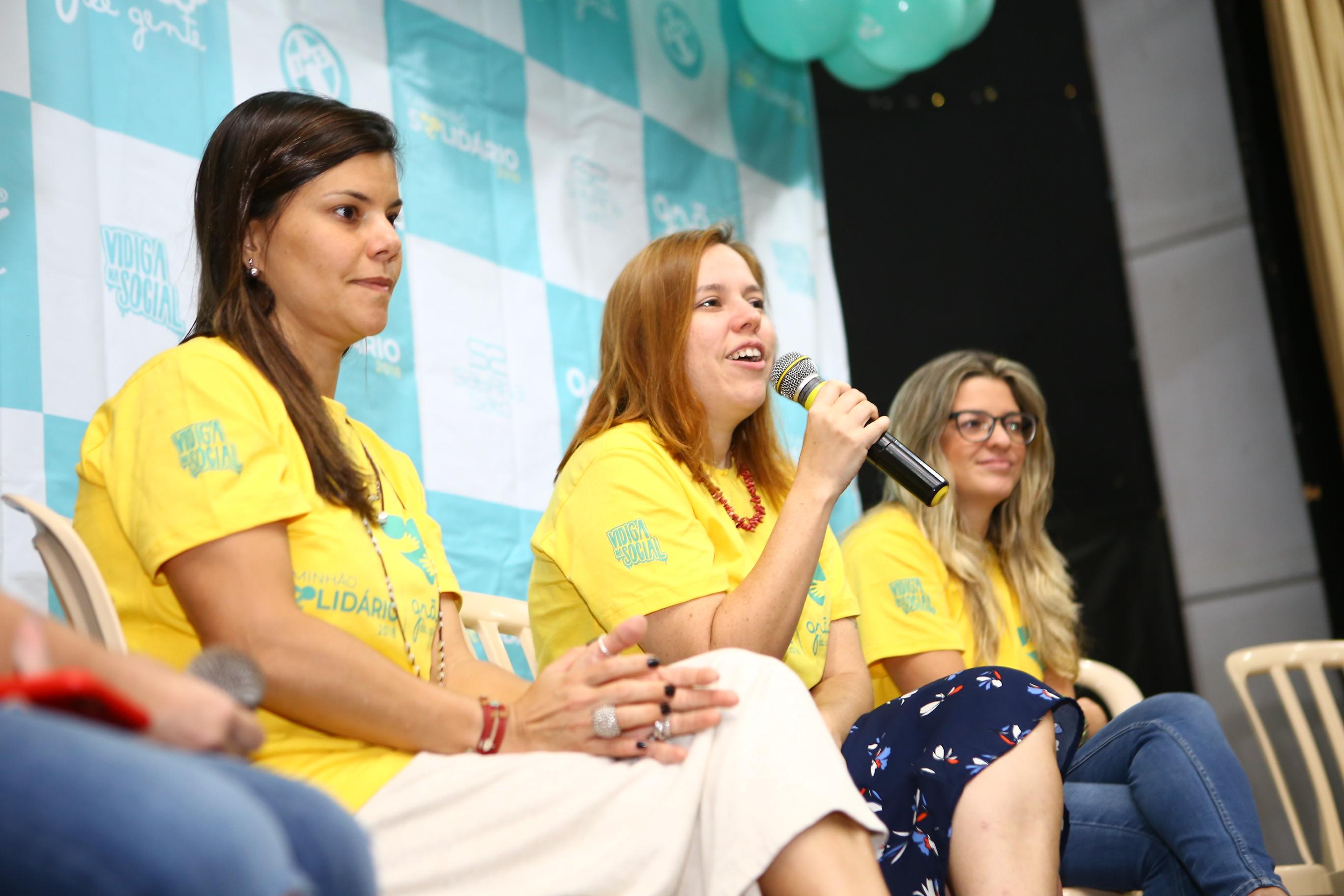 Bate-papo com especialistas tira dúvidas de grávidas no Vidigal