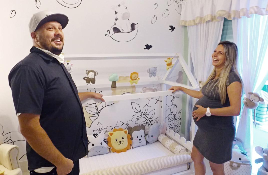 Sabrina Sato presenteia Bruna Pozelli com quarto Grão de Gente