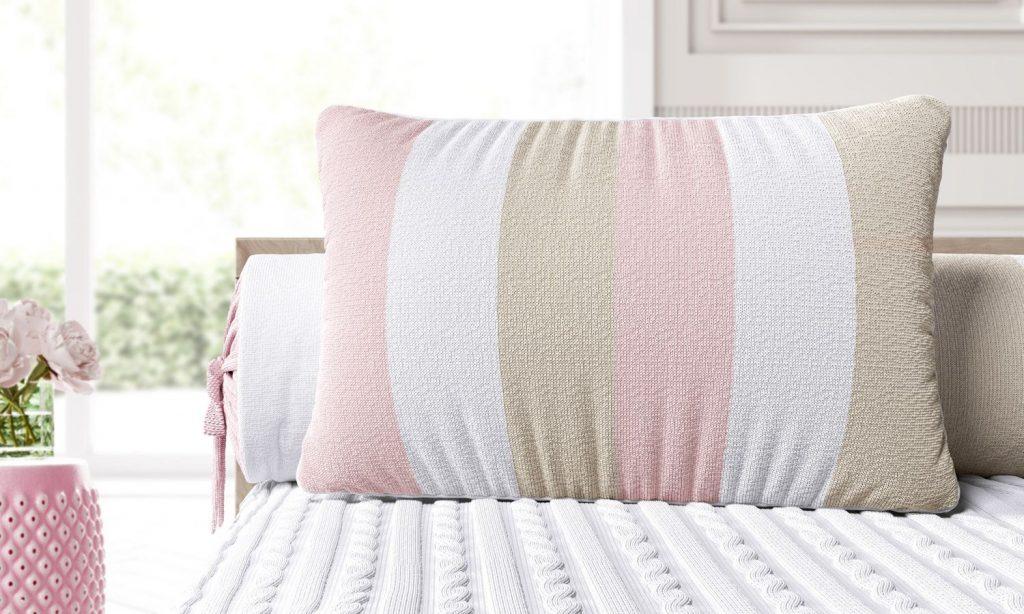 almofada-retangular-listras-rosa-branco-e-bege-45cm-289163